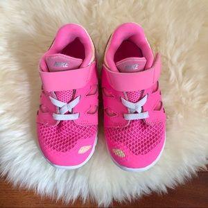 Super cute Nike Frees